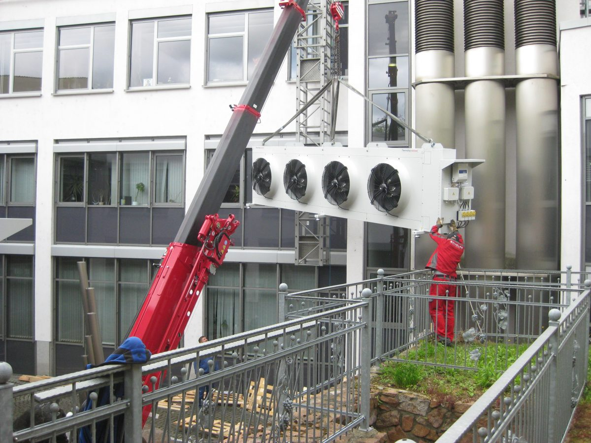 Einbringung Kältenmaschine